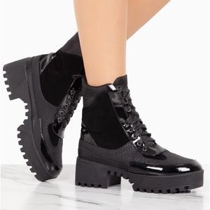 Black boots brand new!! true to size